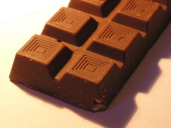 Украинец похитил 16 плиток шоколада, чтобы сделать фондю из сала