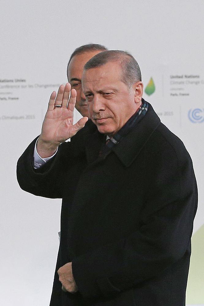 От Путина до Эрдогана: кадры непростого саммита в Париже