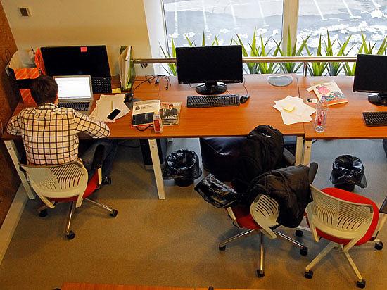Психологи объяснили, почему от дурного начальника лучше сидеть подальше
