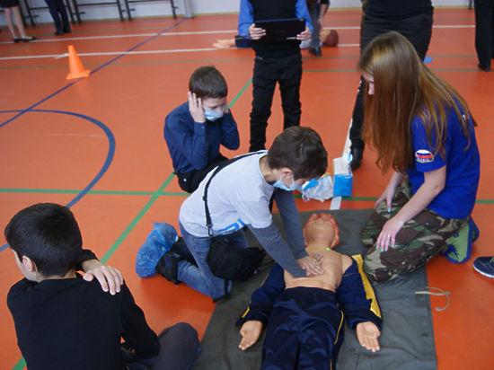 Приобщиться к лайфрестлингу — науке о спасении жизни — смогли на днях школьники ЗАО