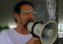 «Недавно мы устраивали акцию в Сокольниках, к микрофонам подходили детки — и у большинства из них я, как доктор, слышала нарушения голоса