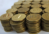 Госдума приняла во втором и третьем чтении закон, который серьезно снижает штрафы для дальнобойщиков за неоплаченный проезд по федеральным трассам