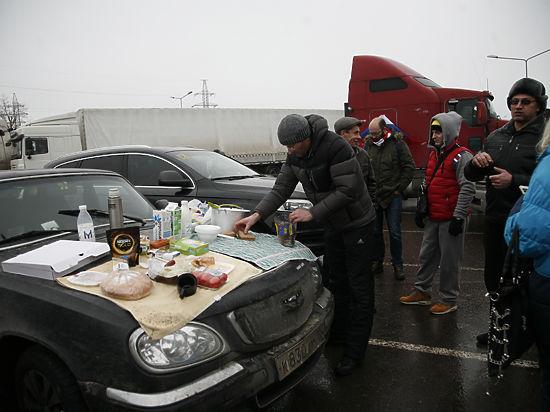 Царь хороший, бояре плохие: протест дальнобойщиков увяз под Москвой