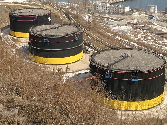 Нефть «отскочила» после рекордного падения накануне