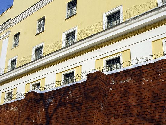 Правительство РФ приравняет правозащитников к заключенным