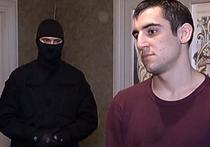 Целый склад боеприпасов вместе с оружием изъяли оперативники из съемной квартиры 19-летнего студента по имени Нурбаганд