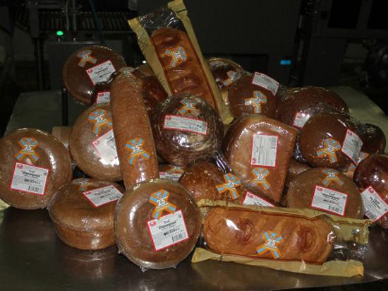 Печь хлеб с символикой 25-летия МЧС России начали в Тамбове
