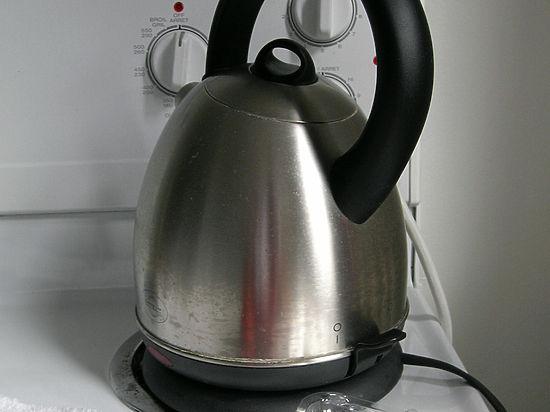 Для чая и кофе вода из электрочайника не подходит