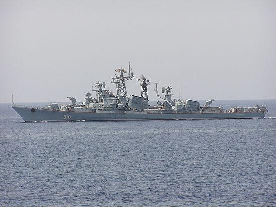 Провокация или азарт: российский корабль обстрелял турецкое судно