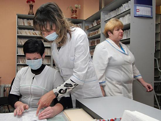 Общественникам разрешили контролировать качество лечения больных в Москве
