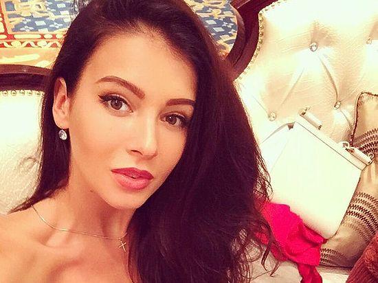 Красавица из Екатеринбурга София Никитчук стала вице-Мисс Мира-2015