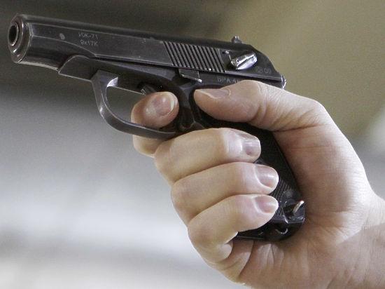 Пострадавшие от стрельбы полицейского в кафе обвинили его в произволе