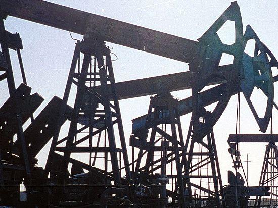 Ниже плинтуса: баррель нефти Brent упал до уровня 2004 года