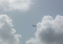 Малайзийская авиакомпания Rayani Air в минувшие выходные осуществила первый в истории мировой авиации перелет в соответствии с нормами шариата, сообщает издание Daily Mail