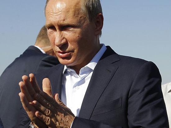 Подарок Кадырову: Путин передал Чечне крупную нефтяную компанию