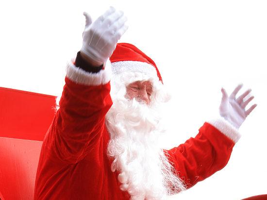 Первый рождественский визит Санта-Клаус нанес российским детям