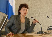 Депутаты городского совета Петрозаводска большинством голосов отправили в отставку мэра столицы Карелии Галину Ширшину