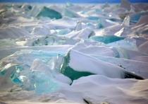 Группа учёных, спонсируемых американским аэрокосмическим агентством NASA, выдвинулась в Антарктиду в рамках экспедиции ANSMET