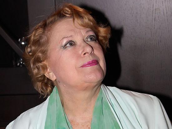 Актриса, тем не менее, заявила, что ей «наплевать на всю Украину»