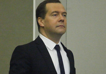 В среду на сайте правительства было опубликовано постановление №1457, подписанное премьером Дмитрием Медведевым, которое утверждает перечень видов деятельности, запрещенных для турецких фирм в России