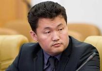 В понедельник уголовное дело в отношении бывшего министра сельского хозяйства Александра Манзанова направлено в суд Кабанского района