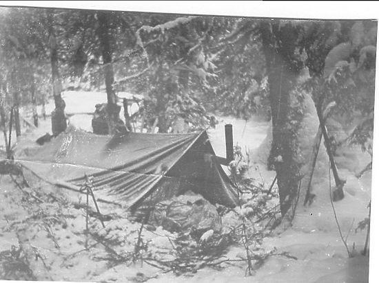 Спасатели, обнаружившие труп мужчины, вынуждены заночевать в мистическом месте