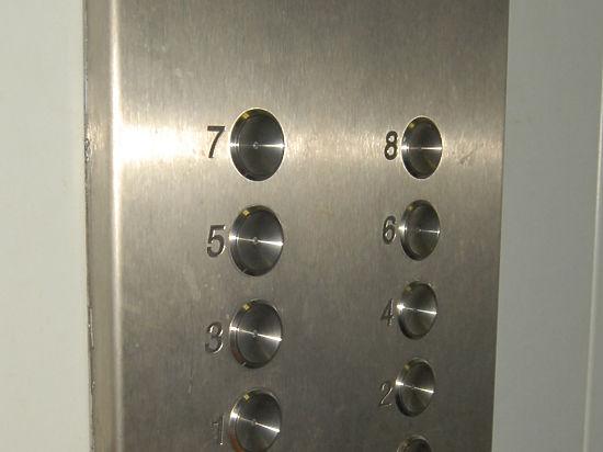 Лифт в
