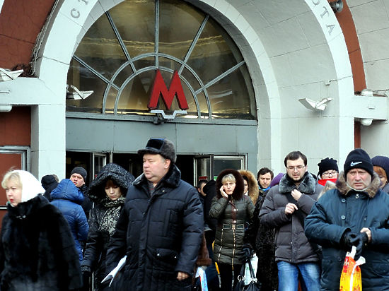 Станцию метро «Красные Ворота» по утрам закрывают без предупреждения