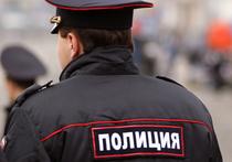 Родственники москвички Юлии Кузнецовой, сбившей на своем «Мерседесе», полицейского, в ближайшее время намерены принести правоохранителям справку о том, что у задержанной есть 4-месячный ребенок, за которым, кроме нее, некому ухаживать