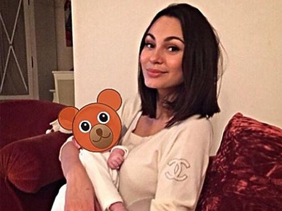 Семейство Жирковых стало героями фотожаб после неудачных фото в Instagram