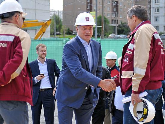 Заместитель мэра столицы Марат ХУСНУЛЛИН: «Экономические трудности дают стимул к развитию отечественного производства и технологий»