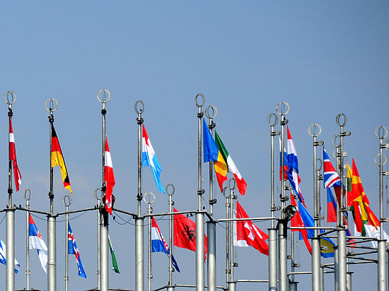 Bloomberg: антироссийские санкции снимут, у Германии сдали нервы из-за Украины