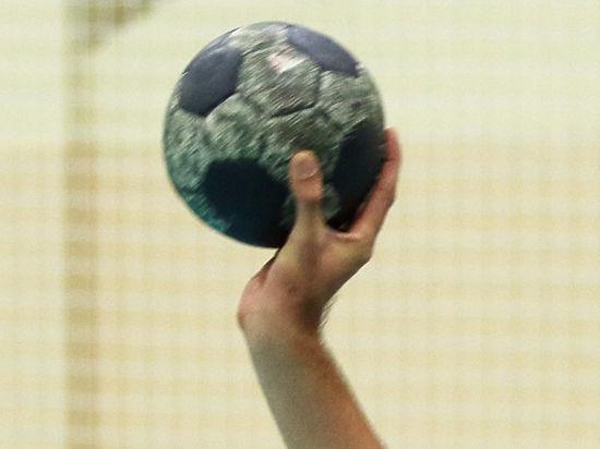 Гандбол: в отборе на чемпионат мира играем с Черногорией