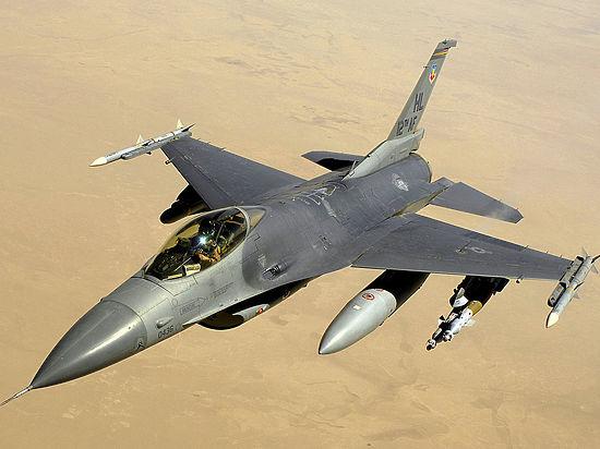 """ВВС Турции объявили """"оранжевый"""" уровень тревоги"""