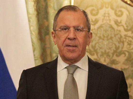 Песков и Лавров назвали заявление Хаммонда по Сирии безосновательным