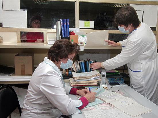 В поликлиниках нашли места для автоматов с памперсами