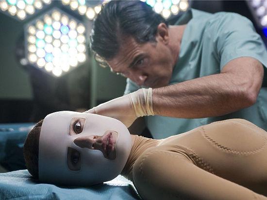 Пациенту, пострадавшему от удара током, пересадили донорские лицевые ткани