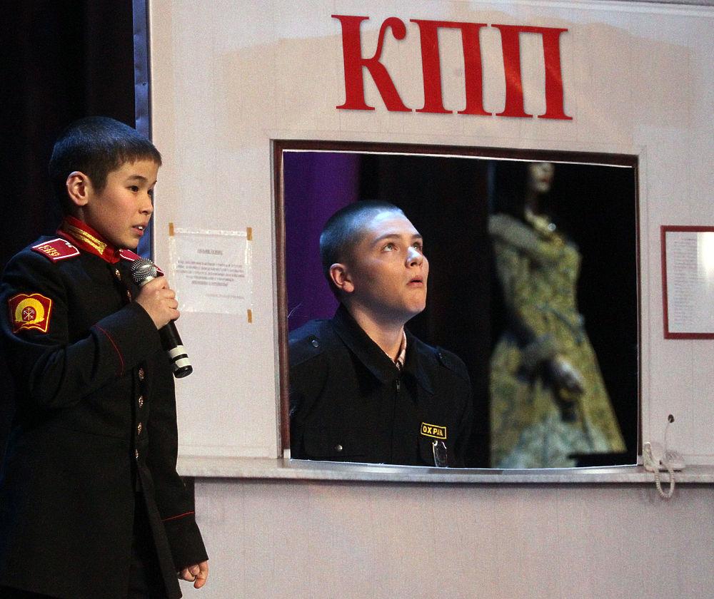 Ученики суворовских и кадетских училищ сразились в финале КВН