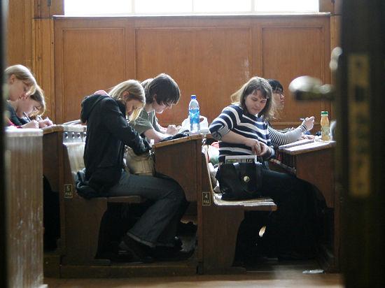 Минтруда озвучило экзотическое предложение по ответственности за трудоустройство студентов