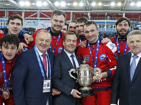 Тренер сборной Суоми похоккею с мячом посочувствовал России