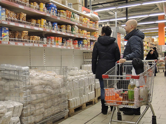 В супермаркетах появятся контролеры, которые будут следить за охранниками