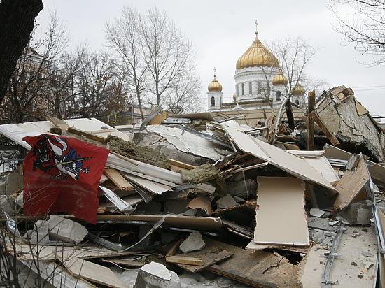 РПЦ предложила поставить храмы на месте снесенных ларьков в Москве
