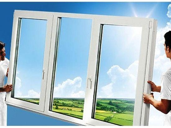 Каждый элемент в конструкции окна выполняет свою функцию – фурнитура, которая обеспечивает комфортную эксплуатацию, профиль, от него вообще зависит теплоизоляция, прочность конструкции, ее внешний вид