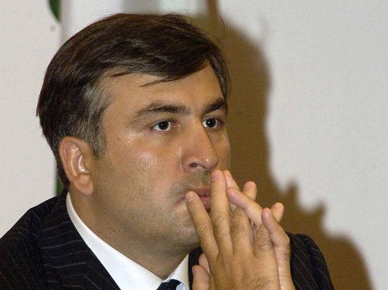 На Саакашвили в Украине завели уголовное дело за военное преступление