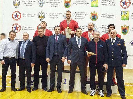 Гольцов и Мохнаткин выиграли чемпионат России по боевому самбо