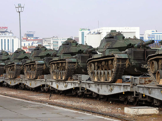 Саудовская Аравия уже передислоцировала наземные силы на турецкую базу
