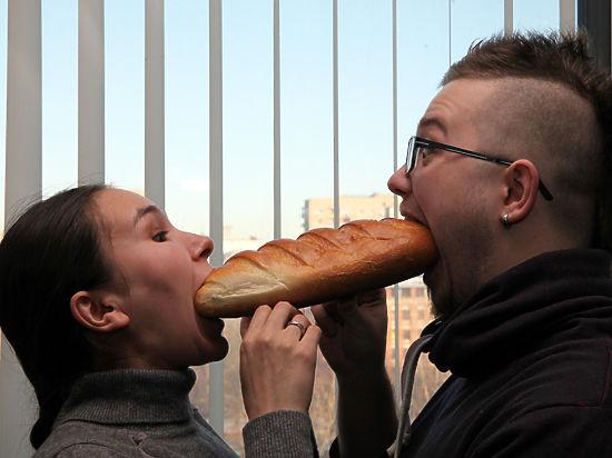 Россияне начали обменивать домашних животных на еду и работать за обед