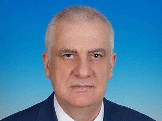 Глава Северной Осетии скончался из-за осложнений гриппа