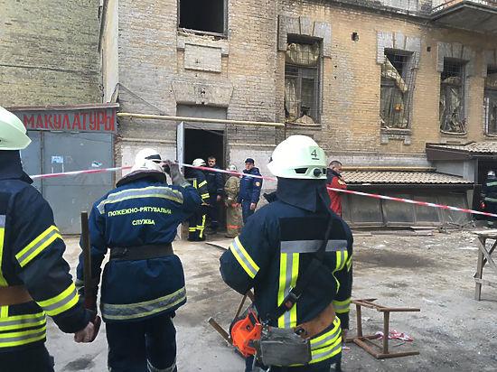 В центре Киева обвалился дом: Кличко назвал причину