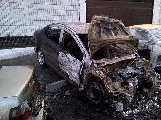 Таксист-бомбила устранял конкурентов, поджигая их машины